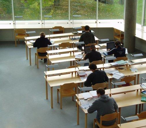 Leren voor je theorie-examen